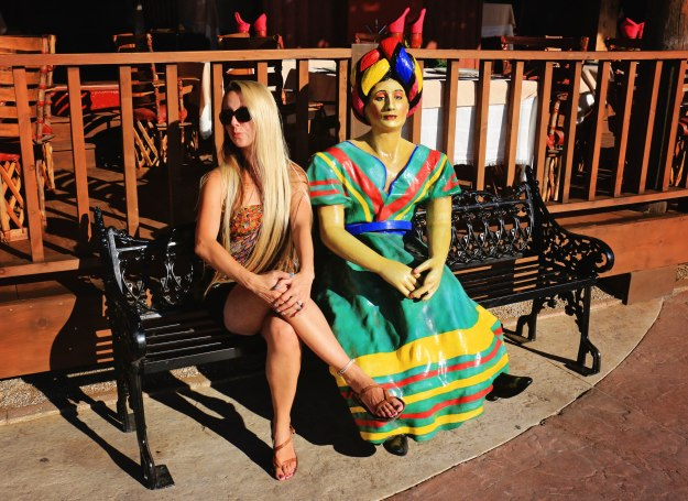 Cabo San Lucas_Jessie with colorful lady