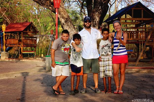 #Isla El Tigre_Little buddies