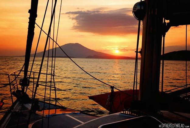 #Isla El Tigre_Sunset over Volcan Conchagua