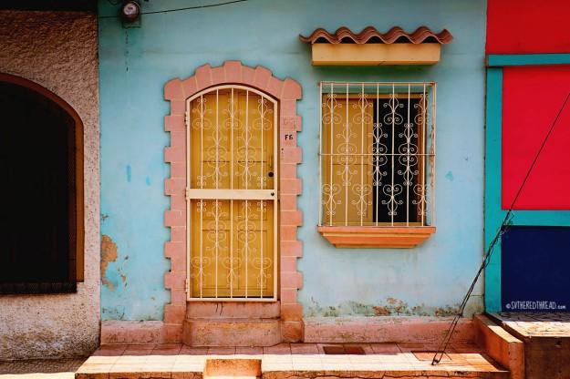 #Leon_Doors1
