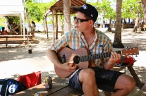 #Isla Tortugas_Guitar Mark