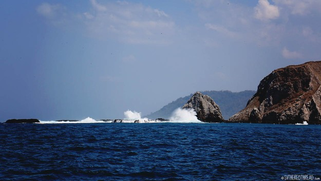 #Playa del Coco to Bahia Ballena_Crashing waves2