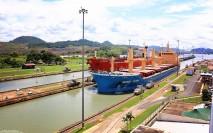 #Panama Canal_Miraflores tankers