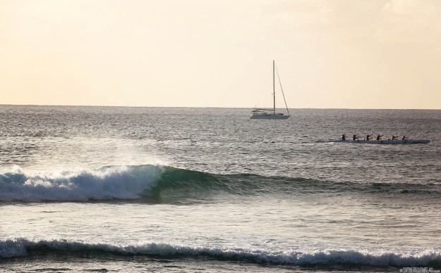 rapa-nui_hanga-roa-surf